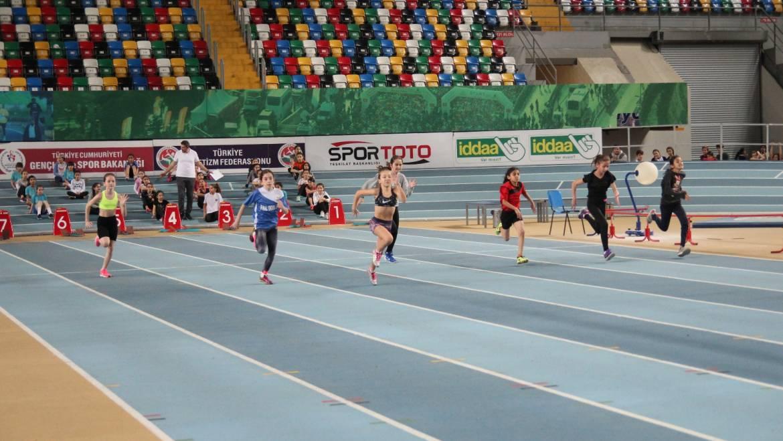 Türkiye'nin En Hızlısı Salon Yarışları başladı